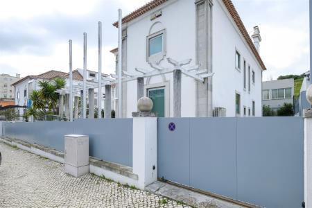 Moradia, Avenida Gago Coutinho, Lisboa