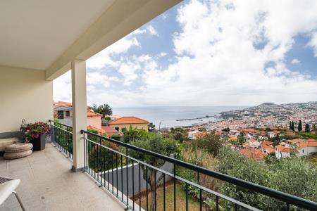 Moradia Geminada, Funchal (Santa Maria Maior), Funchal